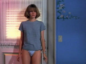 Bridget Fonda - Point of no return (panties,butt)