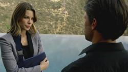 th_175088327_scnet_lucifer1x02_1378_122_