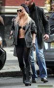 [Image: th_72962_Lady_Gaga_02_122_69lo.jpg]